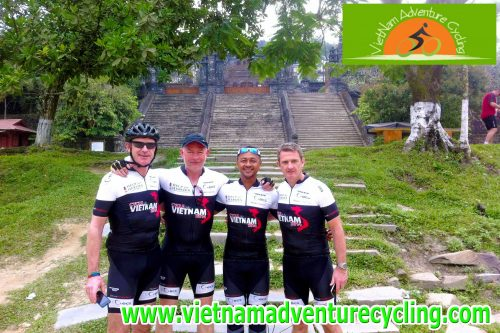VIETNAM CYCLING TOUR SAIGON-DMZ-HANOI FROM 22 OF JANUARY TO 8 OF FEBRUARY,2018